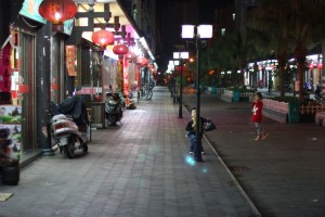 Как и везде в Китае, главными героями всех фоторепортажей становятся дети