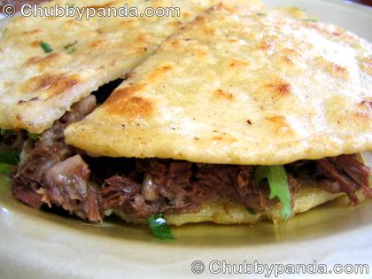 Lucia's Tacos y Mulitas - Mulita de Cabeza