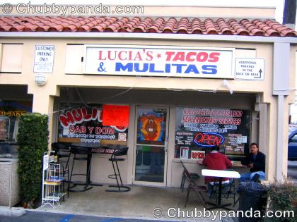 Lucia's Tacos y Mulitas - Exterior