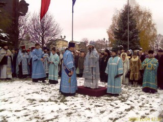 молебен епископ Иосиф