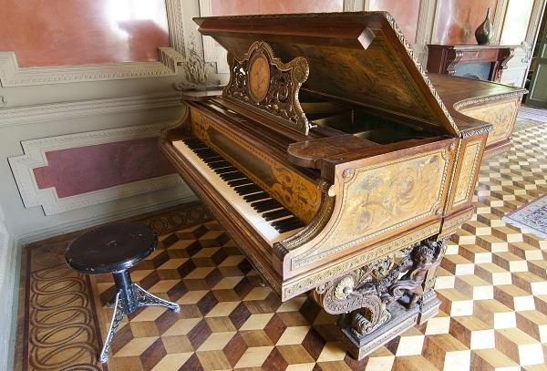 Тайны старинного рояля