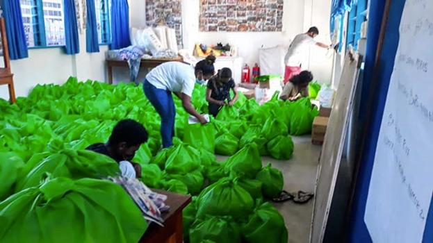 Действия по оказанию помощи осуществляются в соответствии с мерами безопасности, требуемыми правительством. Рабочая группа помогала в раздаче примерно 1400 упаковок продуктов, противомоскитных сеток и других предметов первой необходимости, что помогло более чем 7000 человек.
