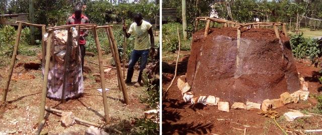 На фото показано строительство «пищевой башни» в учебном центре Фонда науки и образования Киманья-Нгейо, организации в Уганде, вдохновлённой принципами бахаи, чьи программы продолжали наращивать потенциал в конкретных областях развития общин во время пандемии.