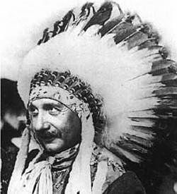 Альберт Эйнштейн — вождь всех прогрессивных индейцев мира.