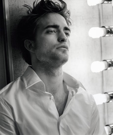 kinopoisk.ru-Robert-Pattinson-1115466
