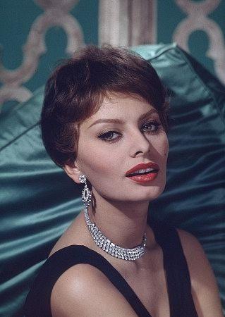 kinopoisk.ru-Sophia-Loren-393119