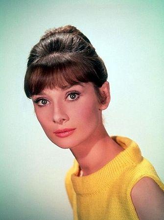 kinopoisk.ru-Audrey-Hepburn-345631