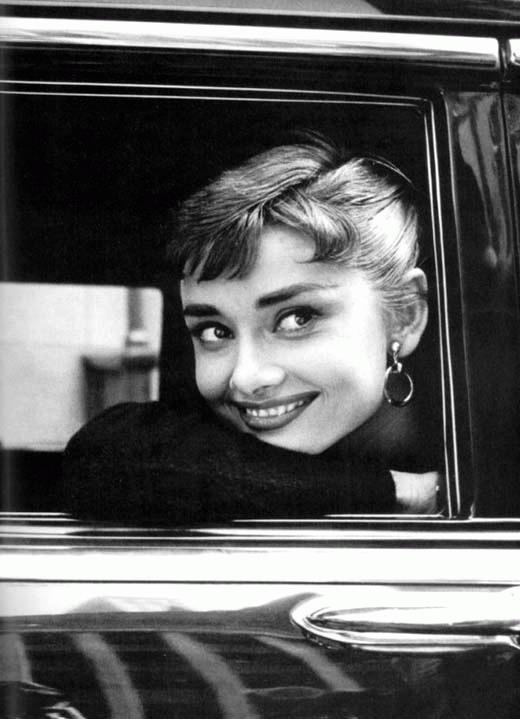 kinopoisk.ru-Audrey-Hepburn-499266