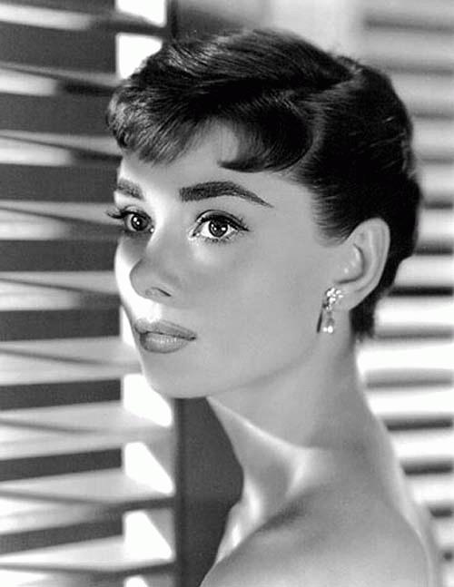 kinopoisk.ru-Audrey-Hepburn-499294