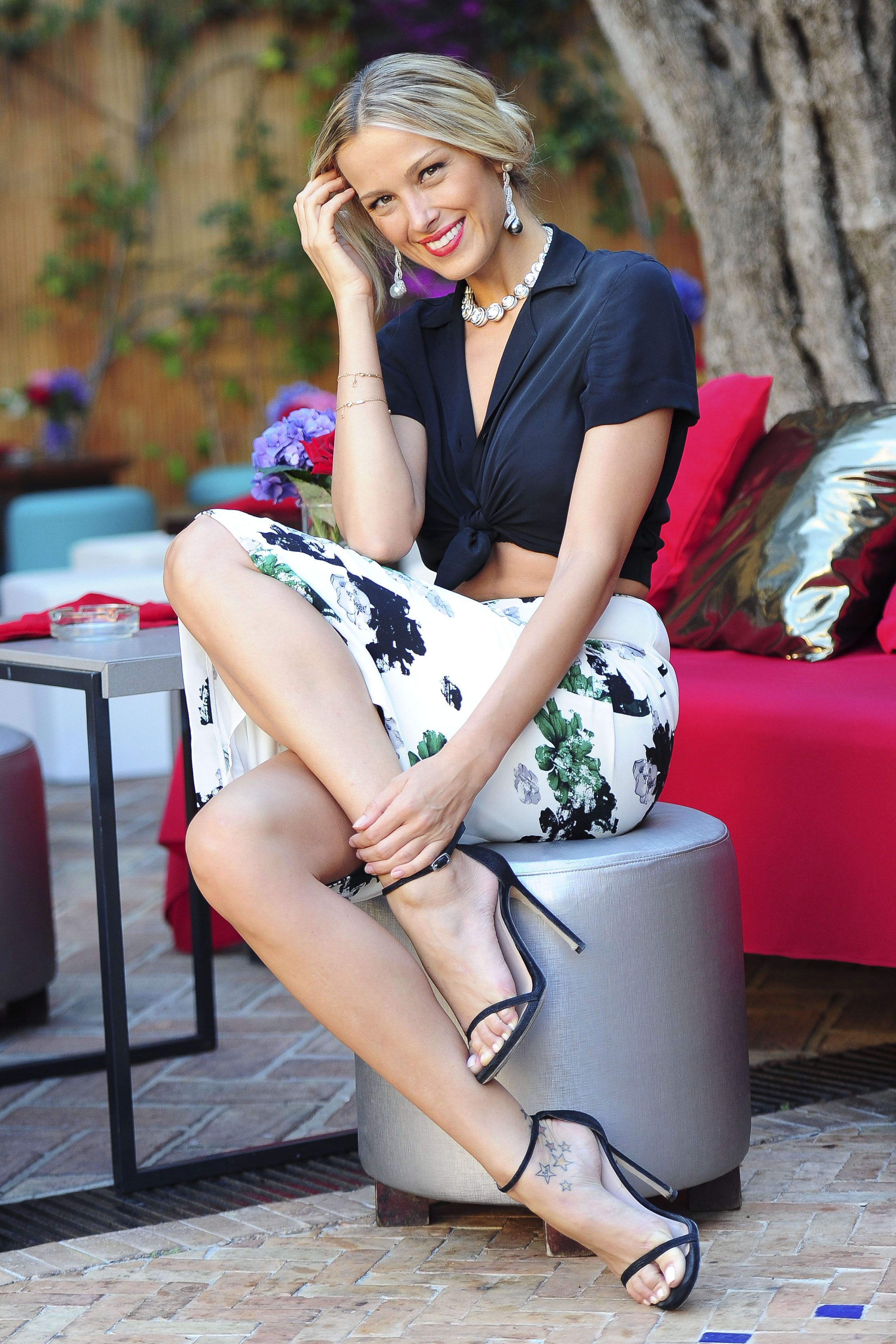 petra_nemcova_on_the_set_of_a_photoshoot_in_marbella_august_3_2014_01_08042014083318u