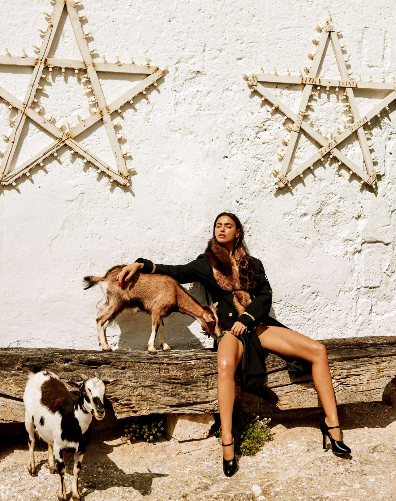 Irina Shayk In The Sun Of Italy Vogue Japan September 2016 / Giampaolo Sgura