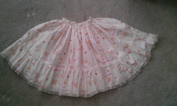 Meta_skirt