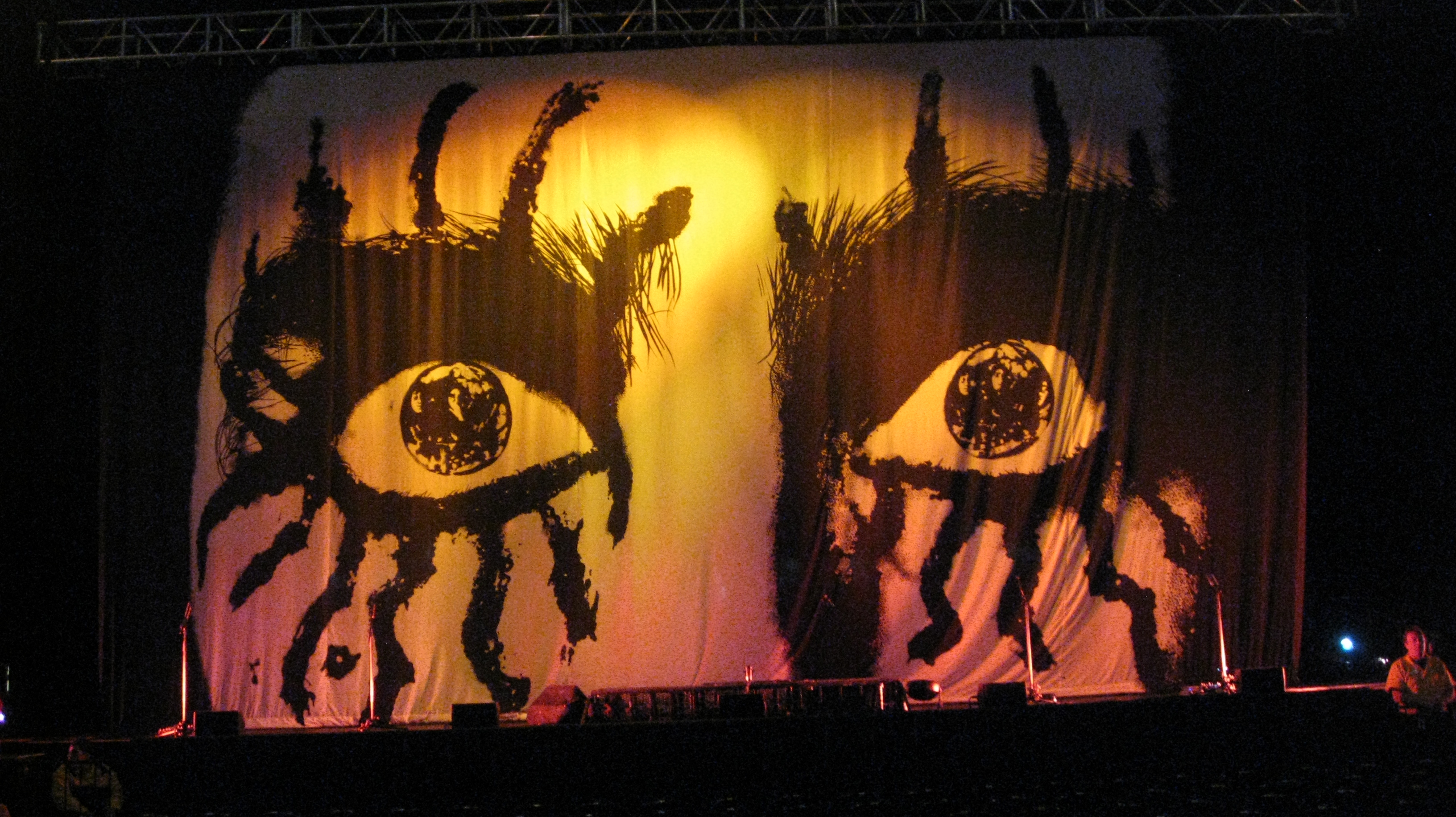 Alice Cooper Ash Wednesday Concert February 18 2015  Stage Eyes.jpg lighter