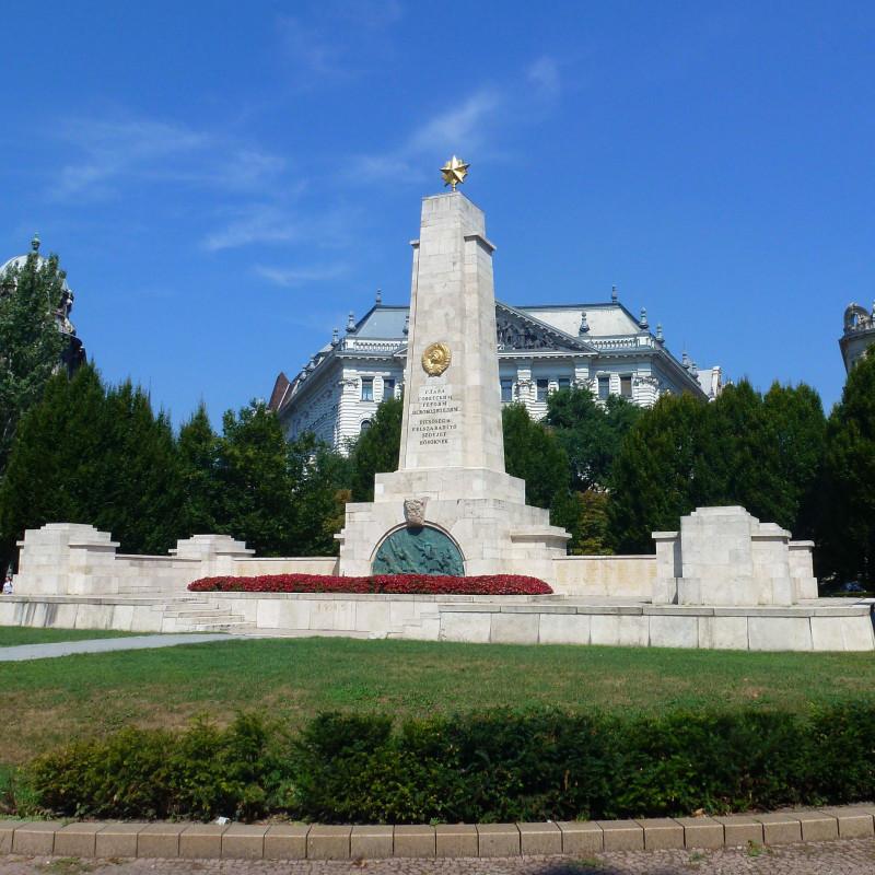 Памятники освободителям в Европе
