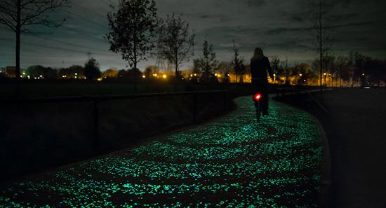 Светящаяся велосипедная дорожка