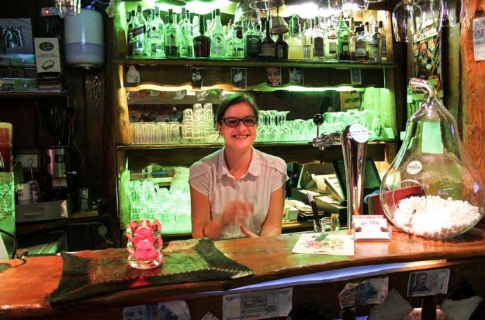 Анна Мар, официантка в аргентинском ресторане La Vida