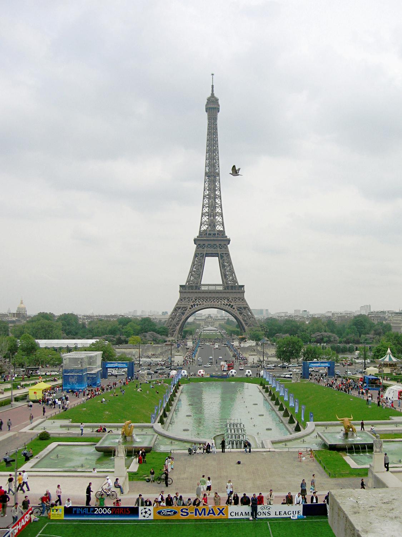 Франция париж эйфелева башня 14 мая