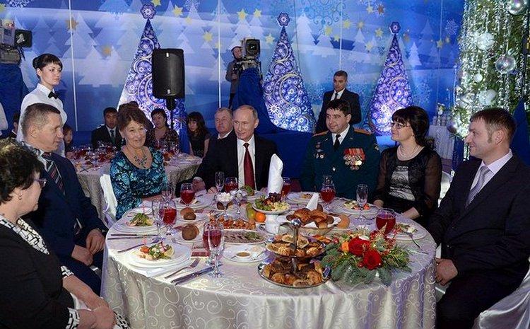 Путин в Кремле даст официальный торжественный новогодний прием