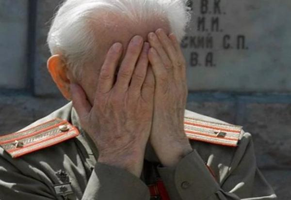 Грузинский коммунист и германский империалист схлестнулись и русских стало на 26 миллионов меньше.