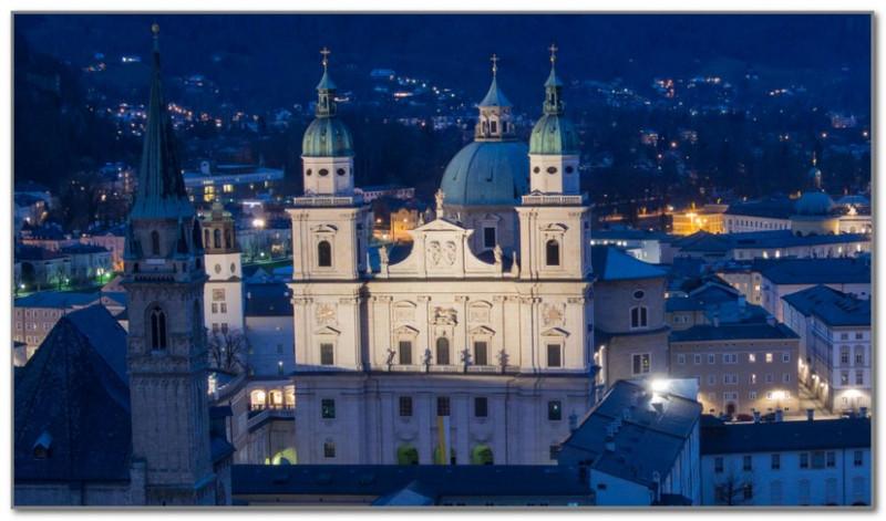 Кафедральный собор Зальцбурга, где хранится купель
