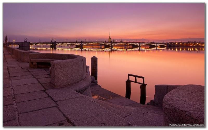 Троицкий мост. Самый красивый мост Питера, на мой взгляд.