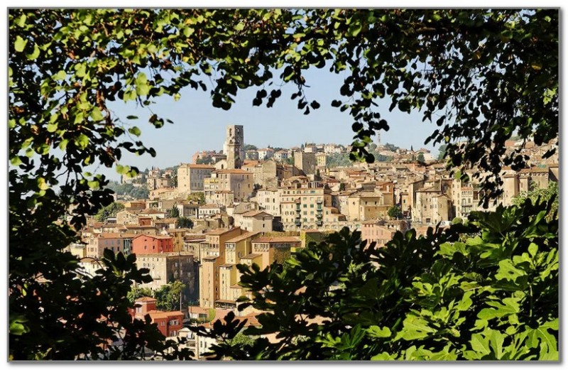 Город Грас - парфюмерная столица Франции