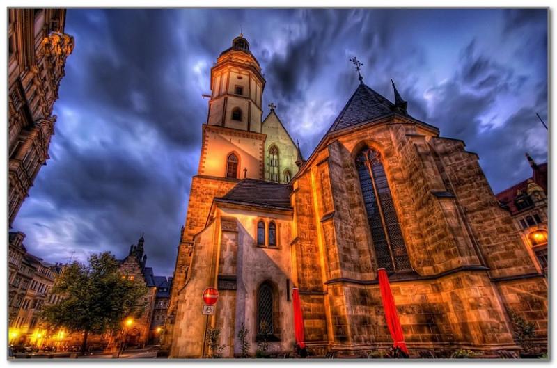 Живописная церковь в Германии. Фото Трей Рэдклифф