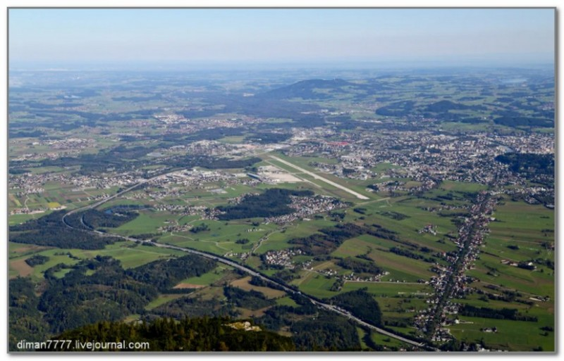 Вид с горы Унтерсберг на аэропорт Зальцбурга