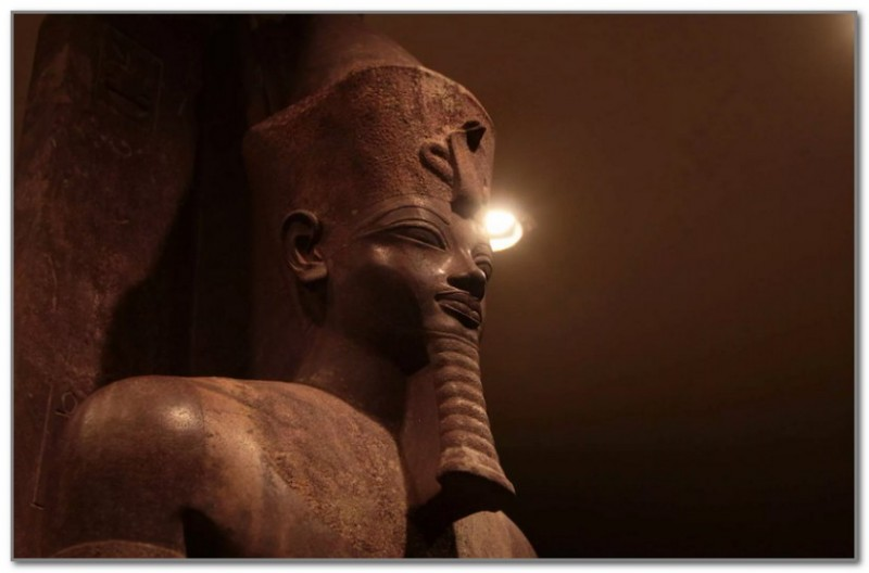 Статуя Аменхотепа III