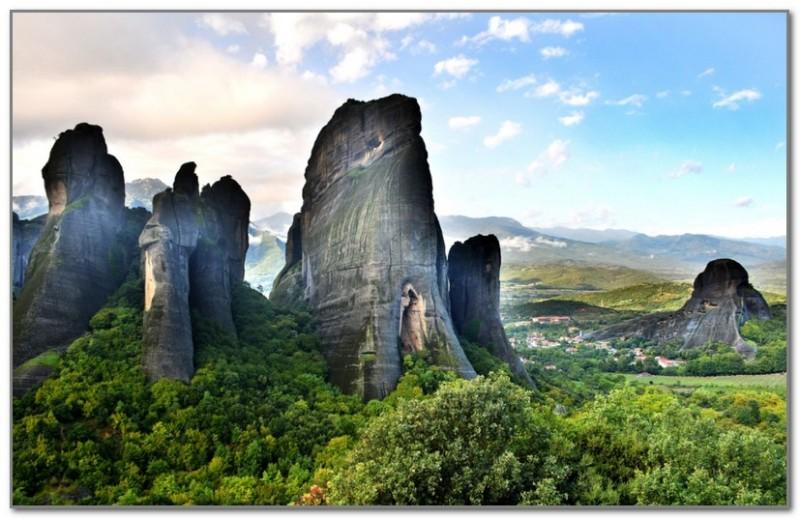 Совершенно фантастический вид на горы Пинд