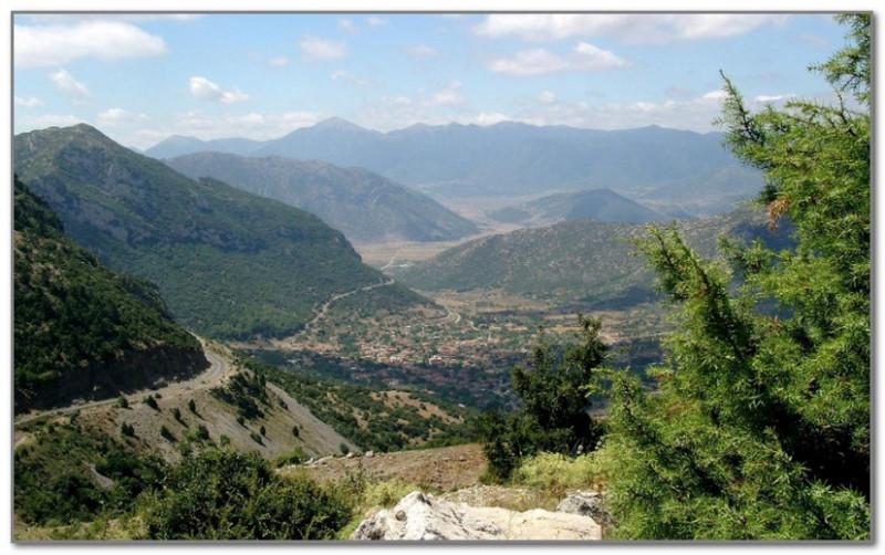 Типичный пейзаж Средней Греции