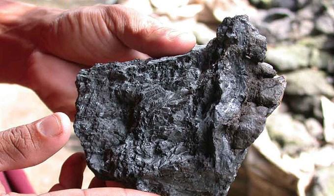 """По данным General Electric, стоимость выработки 1 кВт ч на угле – 3-9 центов, газ обходится в 2-12 ¢, атом – 4-11¢, биомасса – 13-19¢, солнце – 14-26¢. Но уголь и самый """"черный"""" для экологии, фильтрация выбросов помогает мало."""