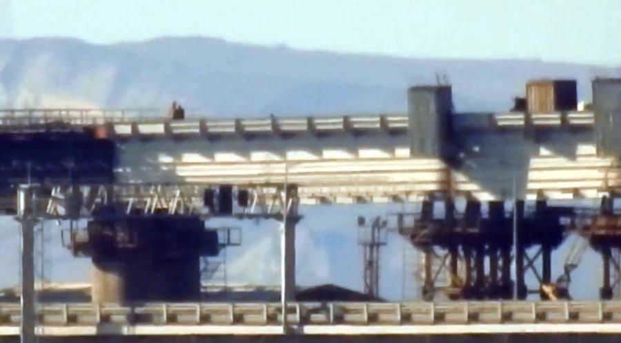 Железнодорожные пролеты Крымского моста соединились