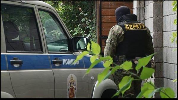 FireShot Screen Capture #702 - 'Хуёвый Крымчанин (UkrCrimea) в Твиттере' - twitter_com_UkrCrimea