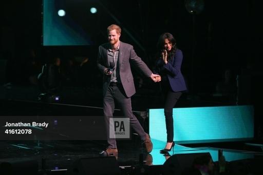 Принц Гарри посетил мероприятие по психическому здоровью WEDay на стадионе