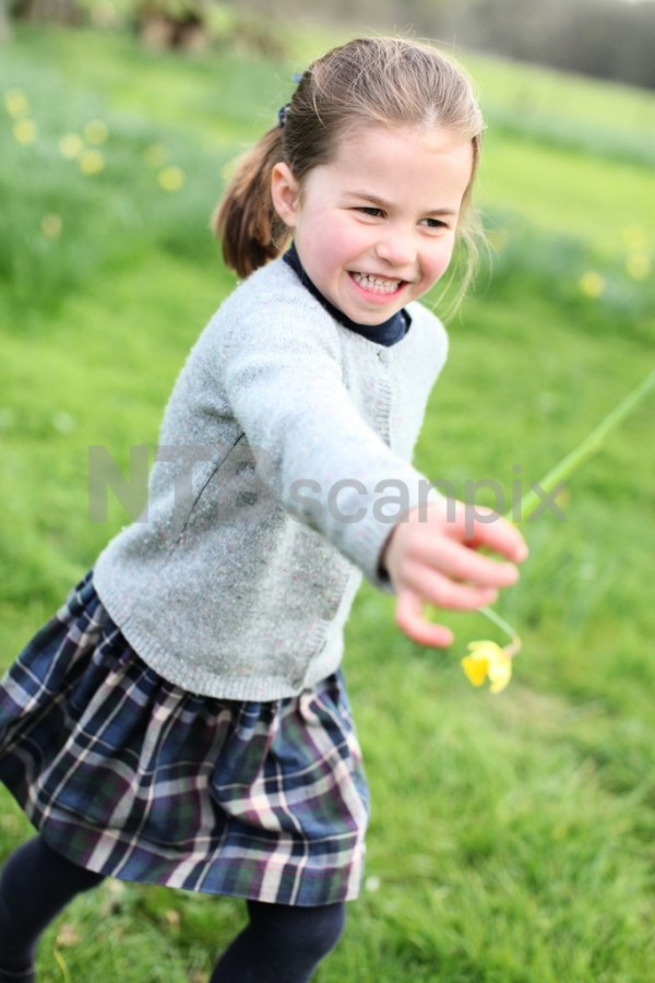Новые снимки к четырехлетию принцессы Шарлотты