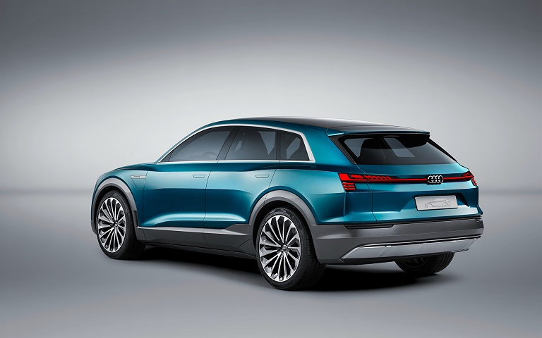 Audi_2015_e-tron_quattro_482561_1920x1200
