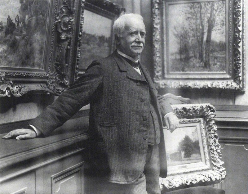 Paul Durand-Ruel in his gallery in 1910. Photography by Paul Marsan, known as Dornac. Durand-Ruel Archives.