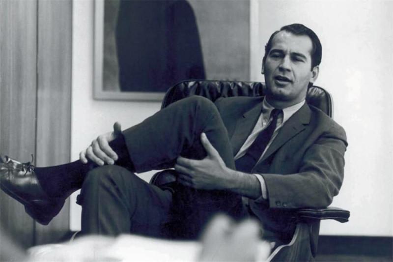 Джордж Лоис в 60х годах, фото отсюда.