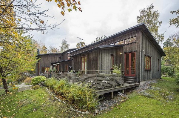 Traditional-house-in-Sweden-1
