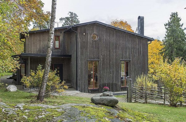 Traditional-house-in-Sweden-3