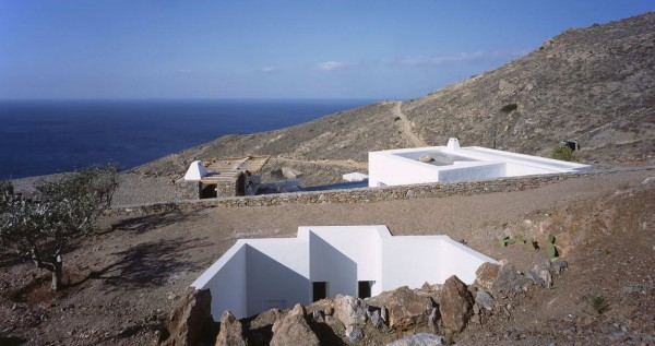 Residence-in-Syros-1
