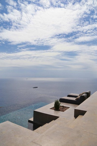 Residence-in-Syros-4