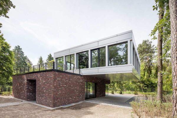 Villa-in-Potsdam-1