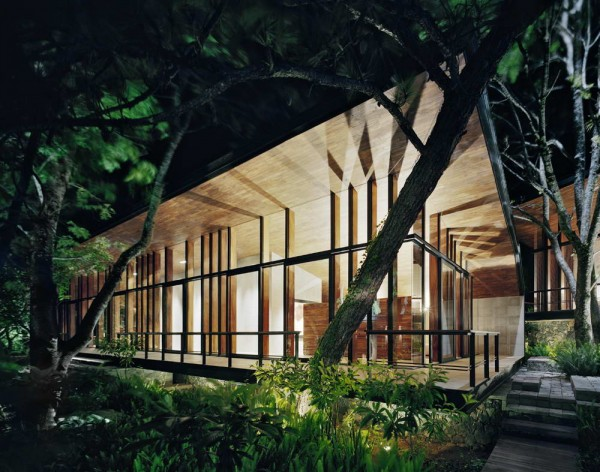 House-in-the-Woods-13