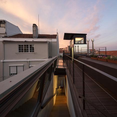 House-in-Lisbon-9