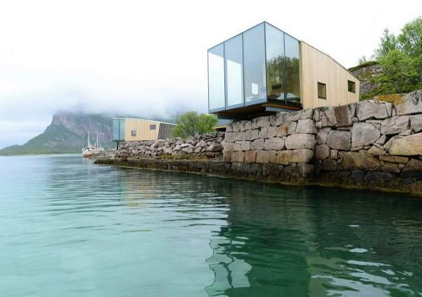 Manshausen-Island-Resort-1