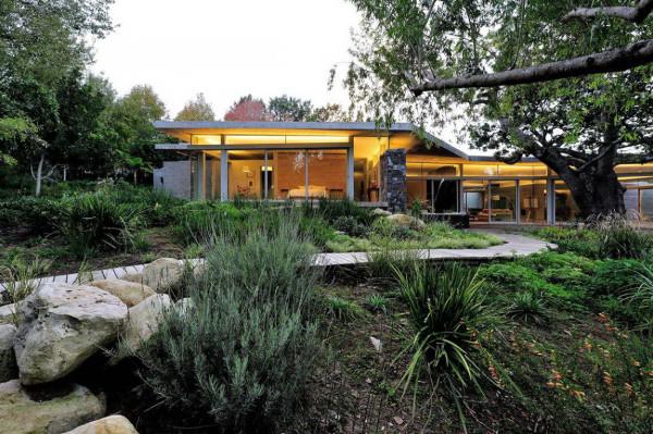 House-in-Constantia-Valley-1