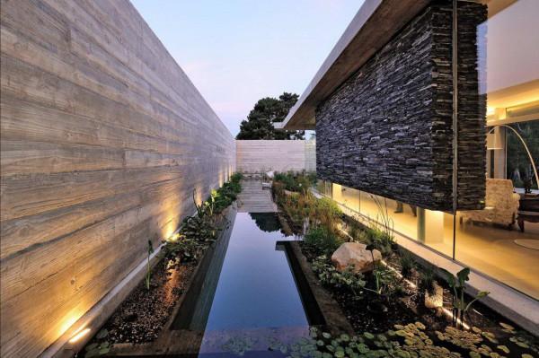 House-in-Constantia-Valley-7