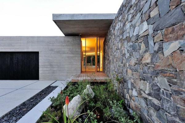 House-in-Constantia-Valley-12